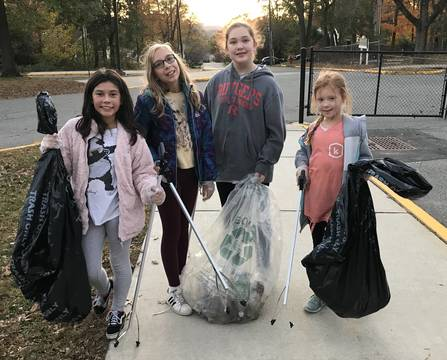 Top story e918f384db704d8fb5a7 a 5th grade troop 96476 cleaning up valley view giada bott  maria rothschild  katie tubbs  nyah lakin
