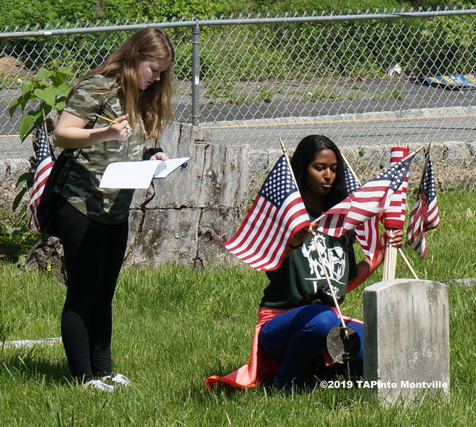 a Cianna Olivo and Aadit Nagar place flags ©2019 TAPinto Montville 2.JPG
