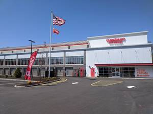 CubeSmart Holds Ribbon Cutting in Montville