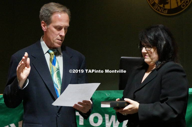 a David Modrak re-takes the oath of office ©2019 TAPinto Montville.JPG