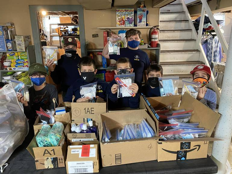 Clark's Webelos & Bear Scouts Spend MLK Day in Service to Others