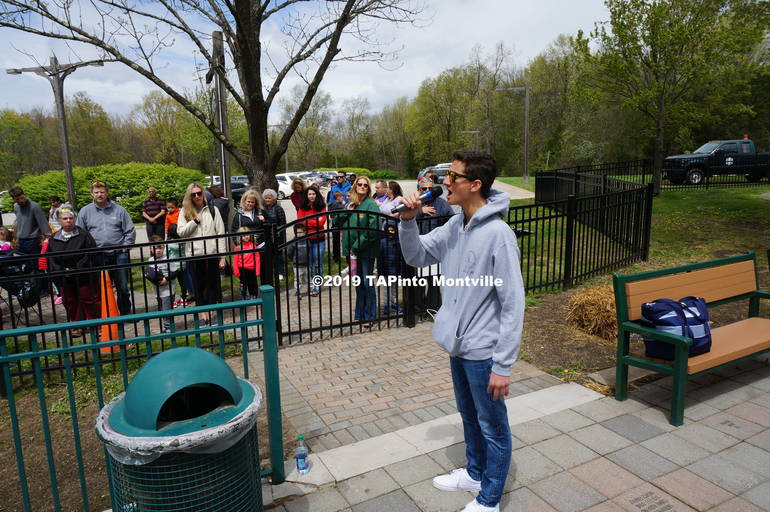 a Griffin Smolar sings the National Anthem ©2019 TAPInto Montville.JPG
