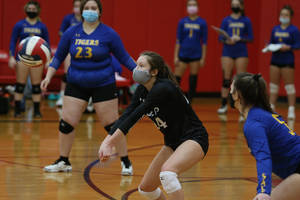 Tigers Fall to Lakeland in Quarterfinals