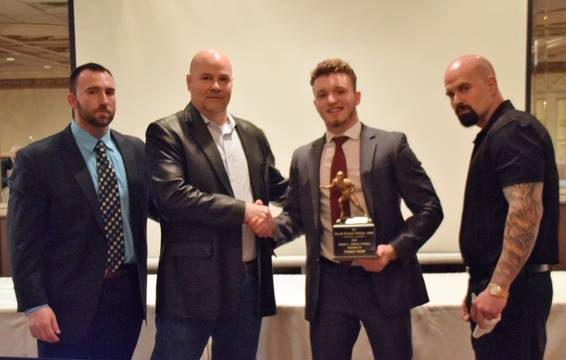 Top story 52ff825d3eacc718fff3 alj football dinner william waterson award pic  03.03.19