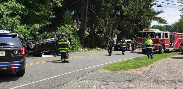a Motor vehicle accident Montville Township Police 3.jpg