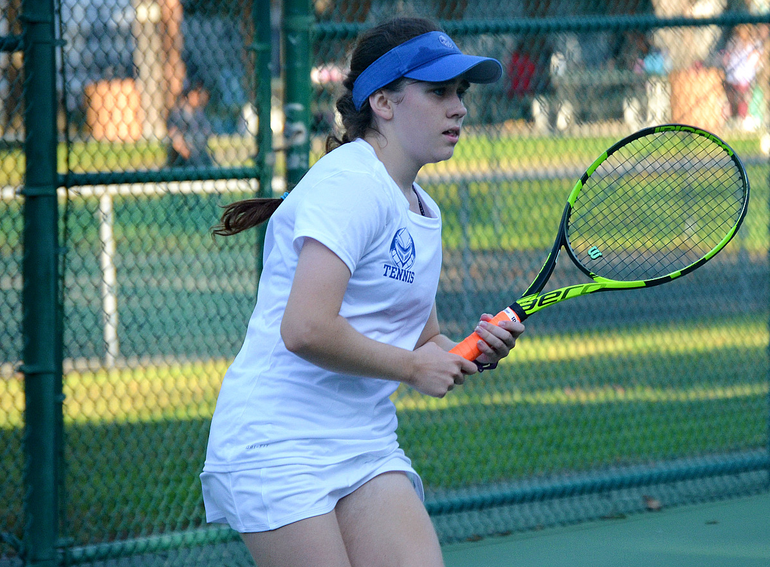 Anna Szczuka, Scotch Plains-Fanwood, def. Mia Bonfantino 6-2, 6-0.png