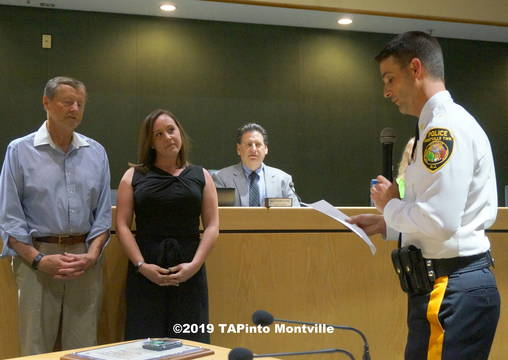 Top story 71e4d7af4630292e2f88 a police chief andrew caggiano reads  2019 tapinto montville