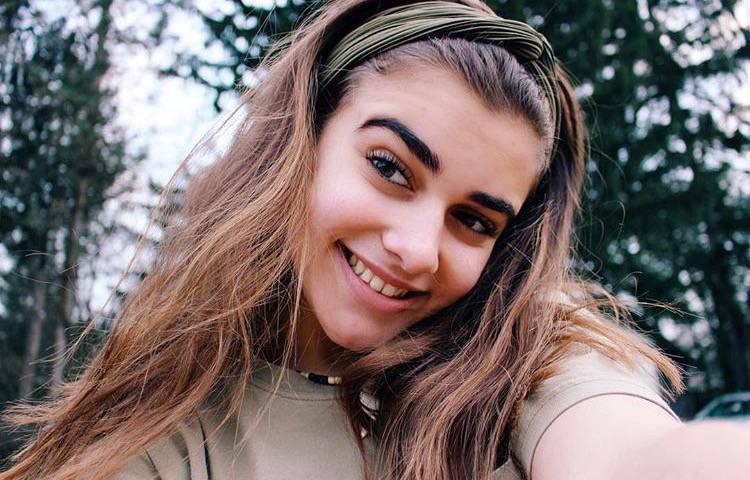 GL Student Arianna DaSilva's YouTube Success