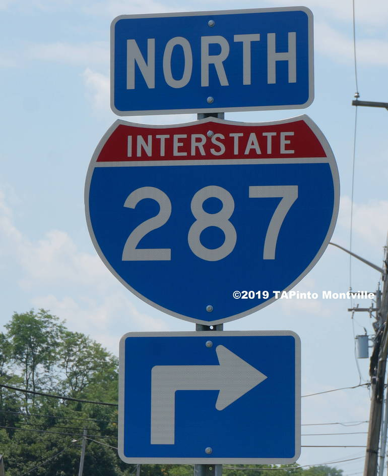 a Route 287 sign in Montville ©2019 TAPinto Montville.JPG