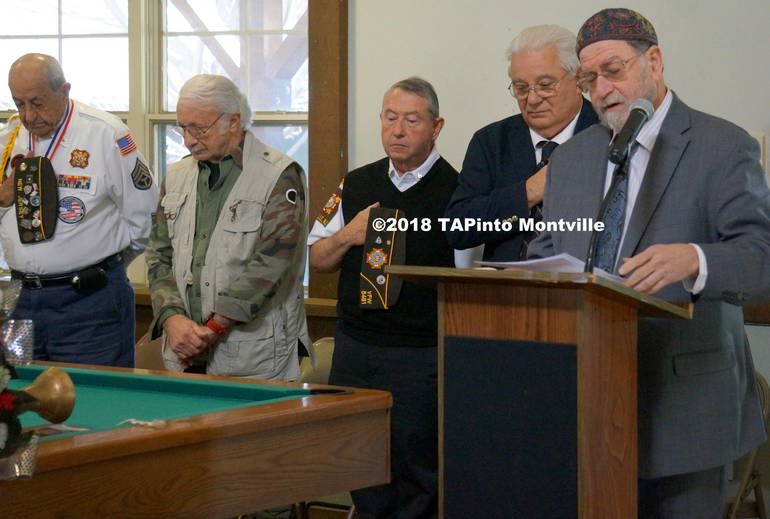 a Rabbi Mark Finkel delivers a prayer to the group ©2018 TAPinto Montville.JPG