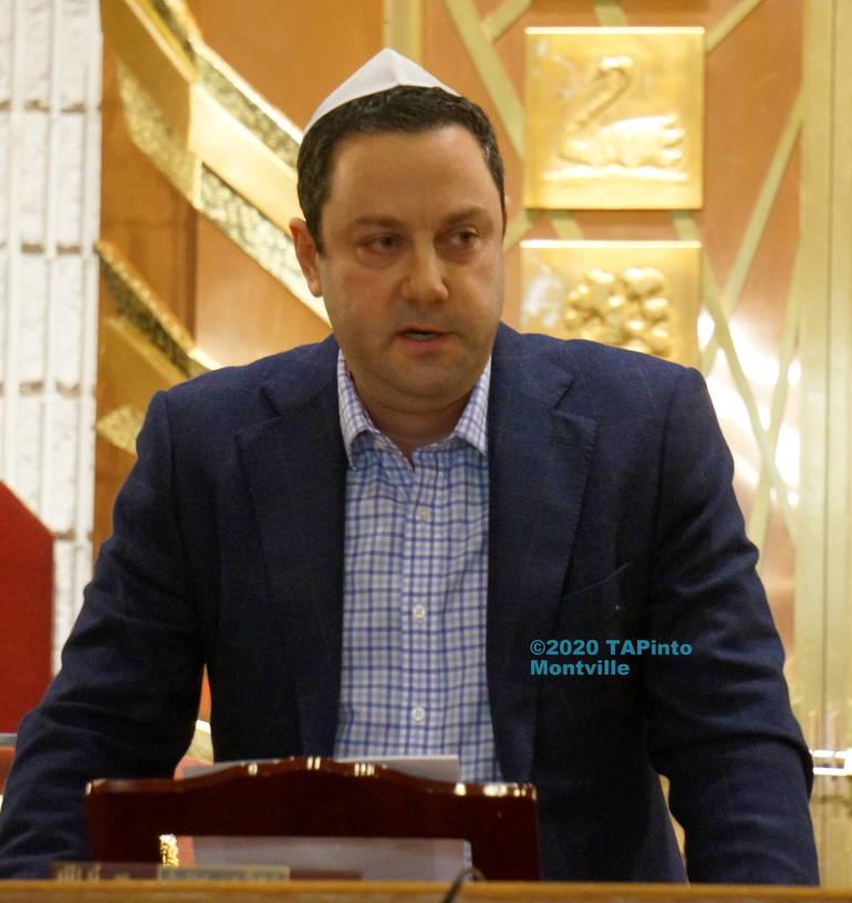 a speaker.JPG