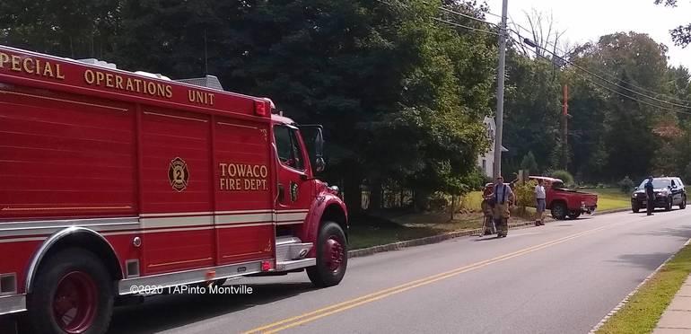 a Towaco Volunteer Fire Department responds to an oil spill ©2020 TAPinto Montville    3.jpg