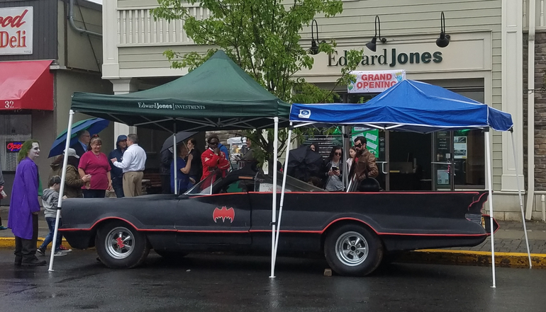 Batmobile in front of Edward Jones.png