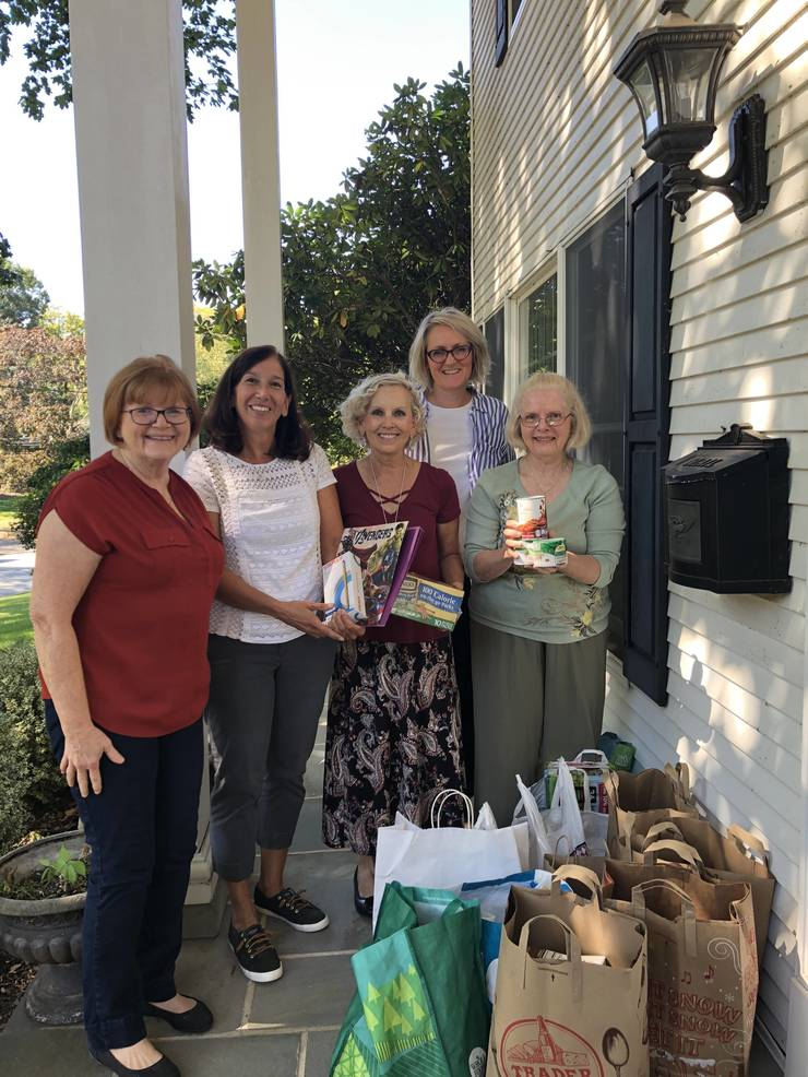 Ridgewood Choral, with Glen Rock Member, Collect Food & School Supplies
