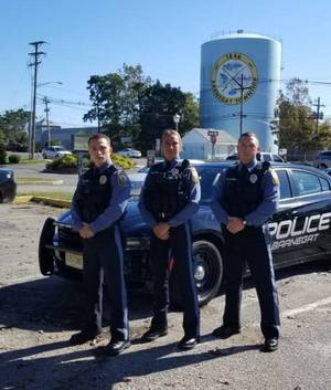 Carousel image ee6e17a24c6ce5f638b2 barnegat police officers