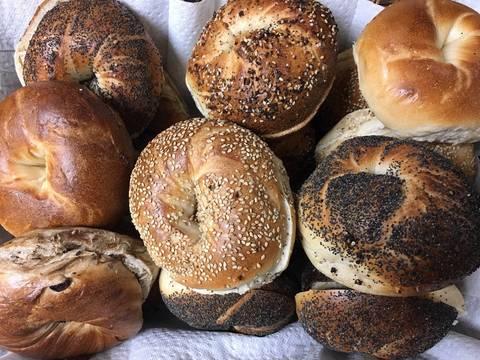 Top story e53513108c4ad9a3fbff bagels