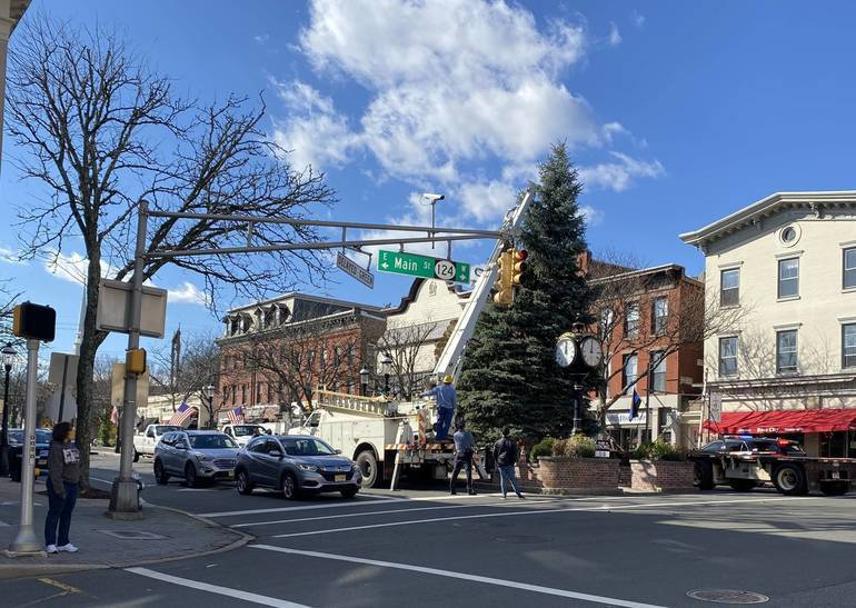 Virtual Tree LIghting is Today in Madison