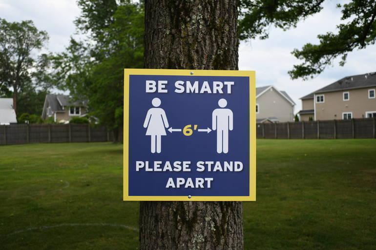 BeSmartStandApartDH.jpg