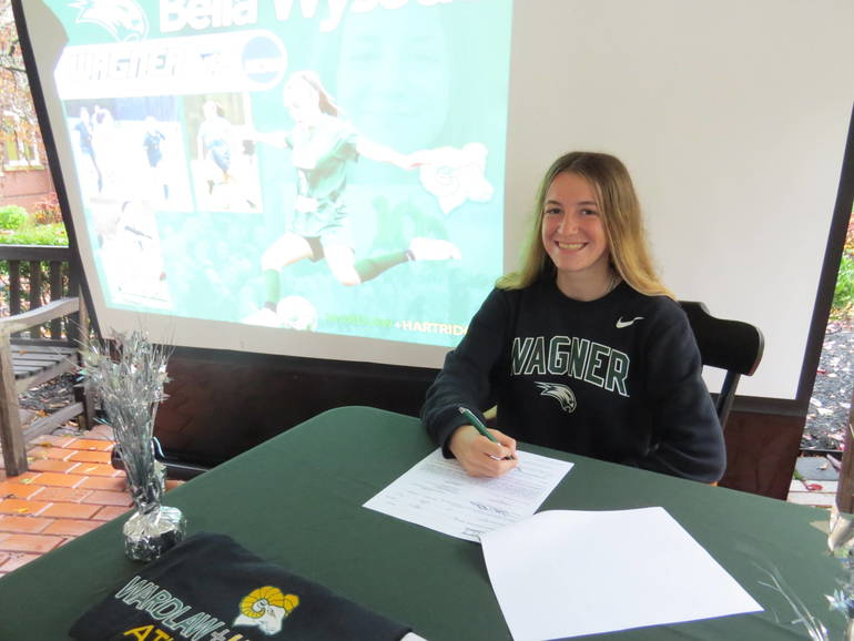 Wardlaw+Hartridge Soccer Standout Signs Letter Of Intent To Wagner College