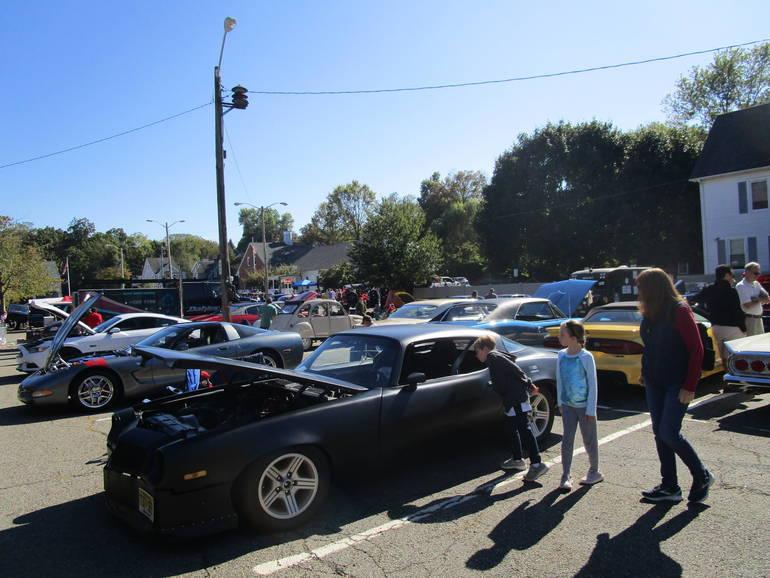 BHD=car show.JPG