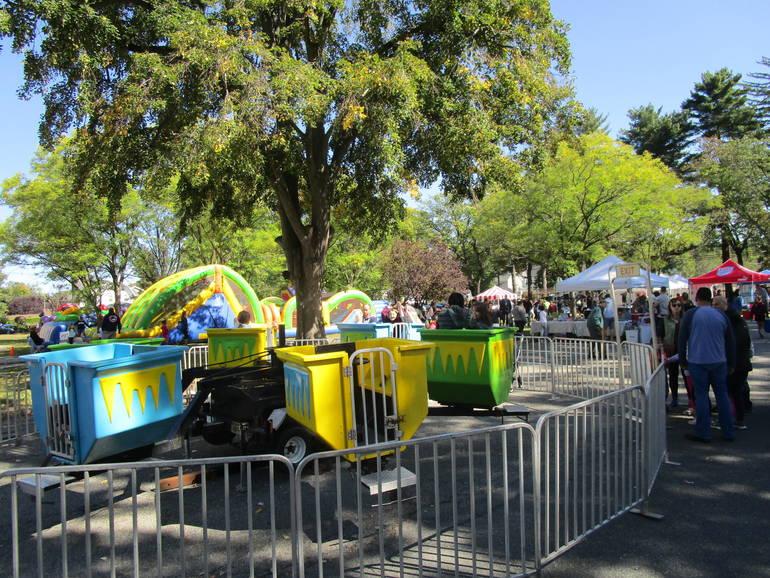 BHD=Central Ave School Fun Zone 2.JPG