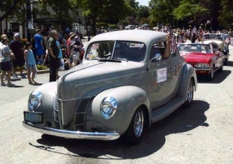 Bill Ashleys 1940 ford.jpg