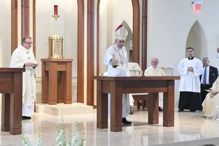 BishopChecchio-Altar.JPG