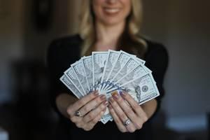 Carousel image 179b1af7cfcb2bef2377 bill clinton financial planner roxbury