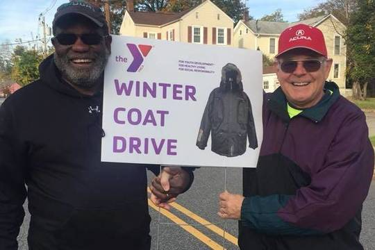 Top_story_2e2609d82e09c41f5f0e_bill_taylor__bill_duncan__coat_drive_sign