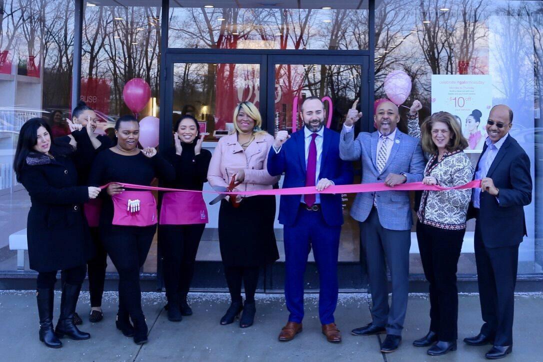 Blo Blow Dry Bar Celebrates Grand Opening At West Orange Plaza Tapinto