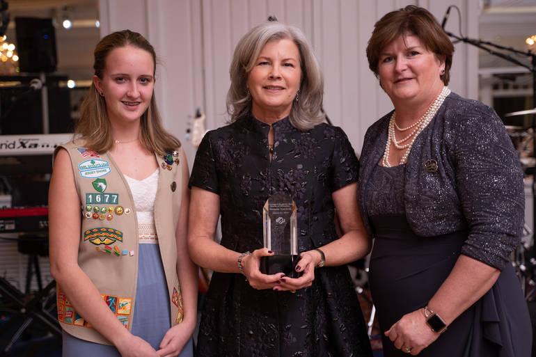 Bonnie Torcivia accepts award.jpg