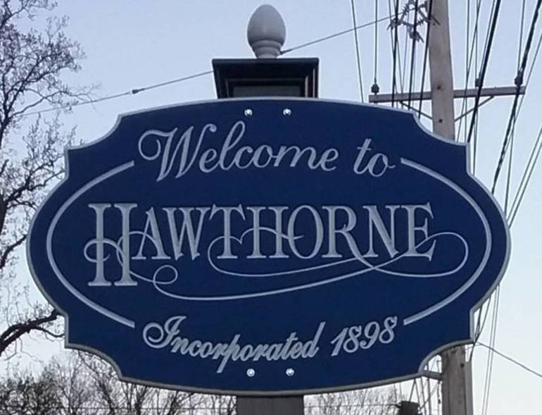 Borough of Hawthorne Sign.jpg