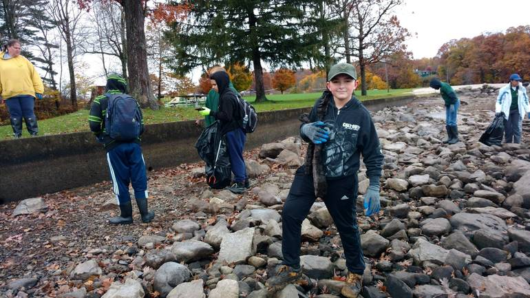 Boy Scouts from Troop 91-151 from Stanhope and Byram pull garbage and debris form the shores at Hopatcong State Park during the lake-wide cleanup..JPG