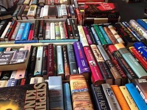 Carousel image 43757b3df05b1f7f888b book collection