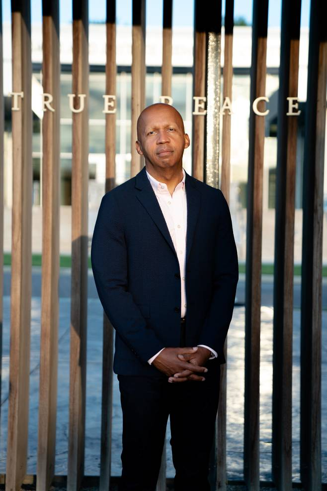 Best crop 47b79dda535af7c7880d bryan stevenson 011  photo credit  rog and bee walker for eji  32   1