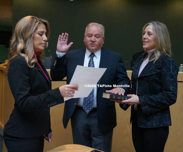 b Richard Cook is re-sworn in ©2020 TAPinto Montville.JPG