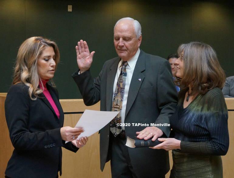 b Richard Conklin is re-sworn in ©2020 TAPinto Montville.JPG