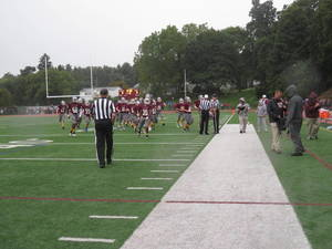 Carousel image e12204056e05c11c9221 braves football 2
