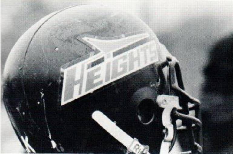 B&W Helmet.JPG