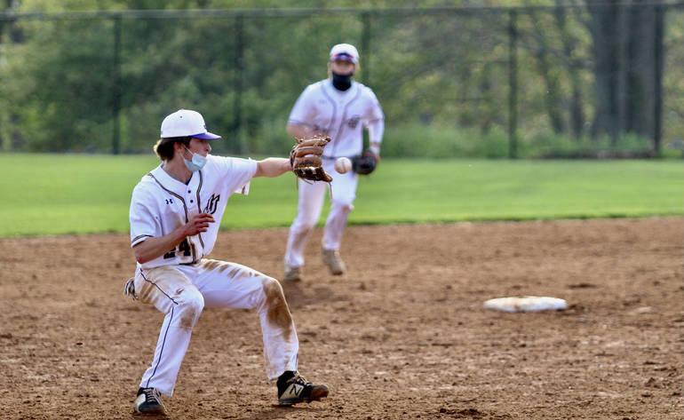 Baseball: John Jay Rallies with Late-Inning Victories
