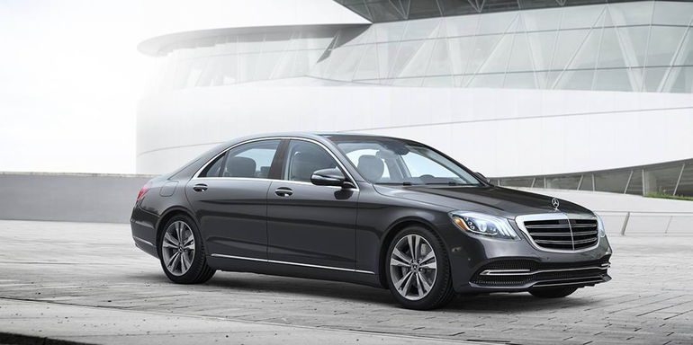 Contemporary Motor Cars: Mercedes-Benz. Luxury beyond the vehicle.