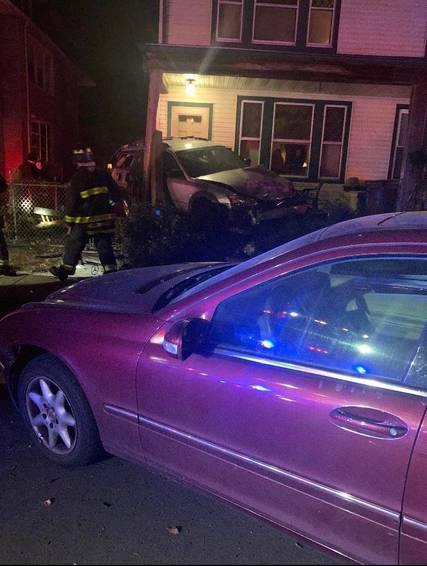 Top story e6ffef877b3727661088 car into house hamilton 2