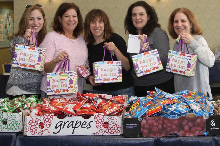 Congregation Beth Israel in Scotch Plains Delivers Purim Gift Bags