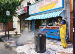 Carousel_image_61bc9a9dd1af9070e5c9_cds_power_washing_6-4-20_jerry_s