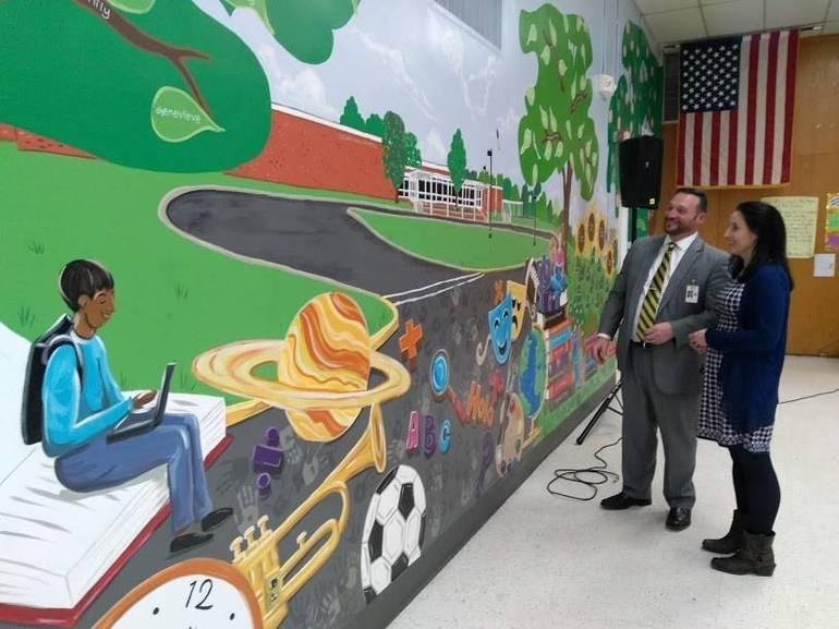 Cedar Hill School Mural Brings Café to Life