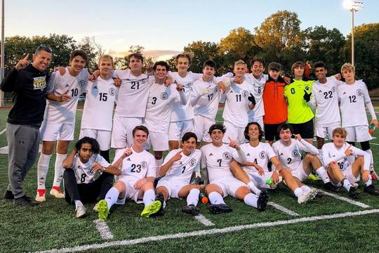 Top story 99c61c7ea056711e4874 cg soccer division champs