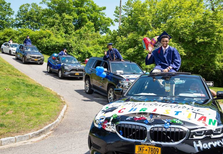 Harvey Honors Class of 2020 with Campus Parade