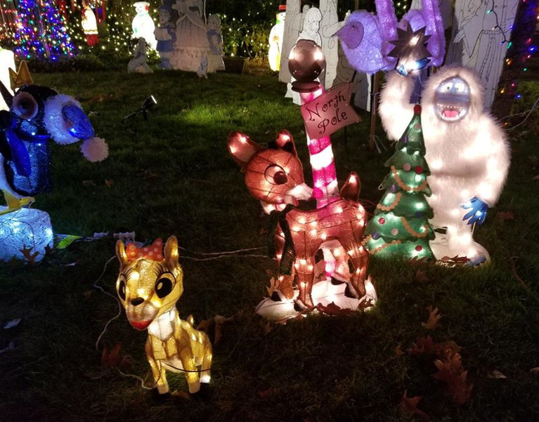 Christmas House 2019c.png