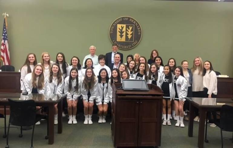 Ridge Youth Sports winning cheerleading team