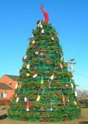 Carousel image 3cdb7411ba3929a4b618 christmas tree recycle.